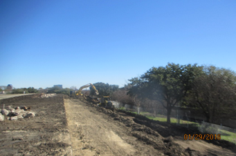 01292016_Excavation-of-soil-off-the-west-side-of-the-reservoir